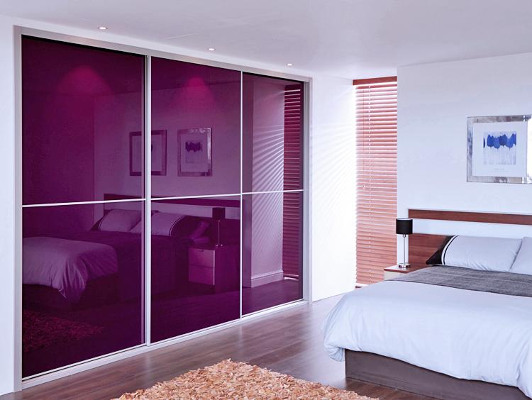 Tolóajtós szekrény lila üveggel - Stanley