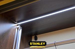 LED világítás gardróbszekrénybe - Stanley