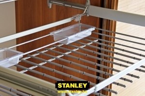 Kihúzható nadrágtartó gardróbszekrénybe - Stanley3