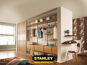 Tolóajtós szekrény belső kialakítás 5