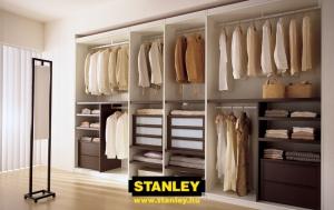 Tolóajtós szekrény belső elrendezése bútorlapos kialakítással - Stanley 8