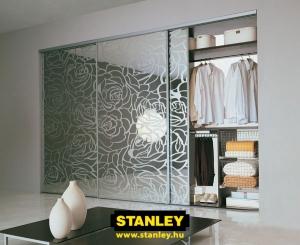 Tolóajtós szekrény belső elrendezés - Stanley 5