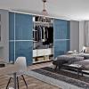 Beépített szekrény színes üveges Minimalist tolóajtóval