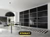 Fekete üveges Stanley tolóajtók három osztással
