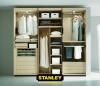Tolóajtós szekrény belső elrendezése bútorlapos kialakítással - Stanley2