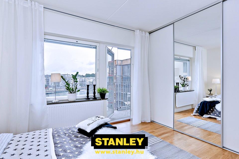 Hálószobai beépített gardróbszekrény Stanley ezüst tükör tolóajtóval 2